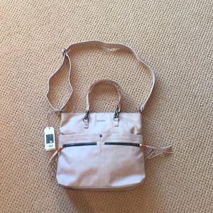 Sherpani natural tote bag brand new with tags!